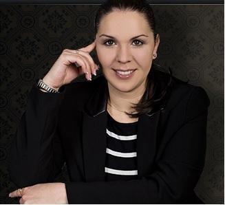 Dr. Fancsalszki Erna
