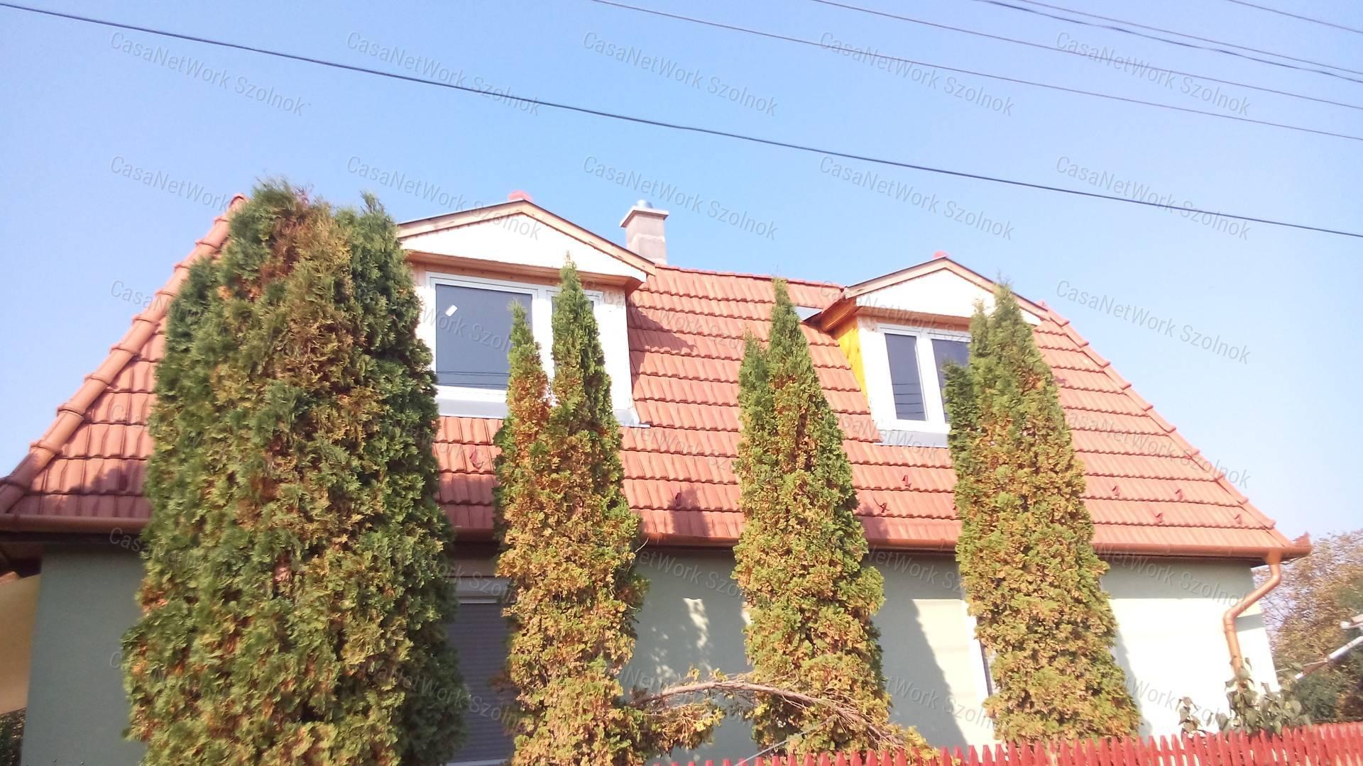 Eladó családi ház, Jász-Nagykun-Szolnok megye, Tiszaföldvár - sz.: 155802444 - CasaNetWork.hu