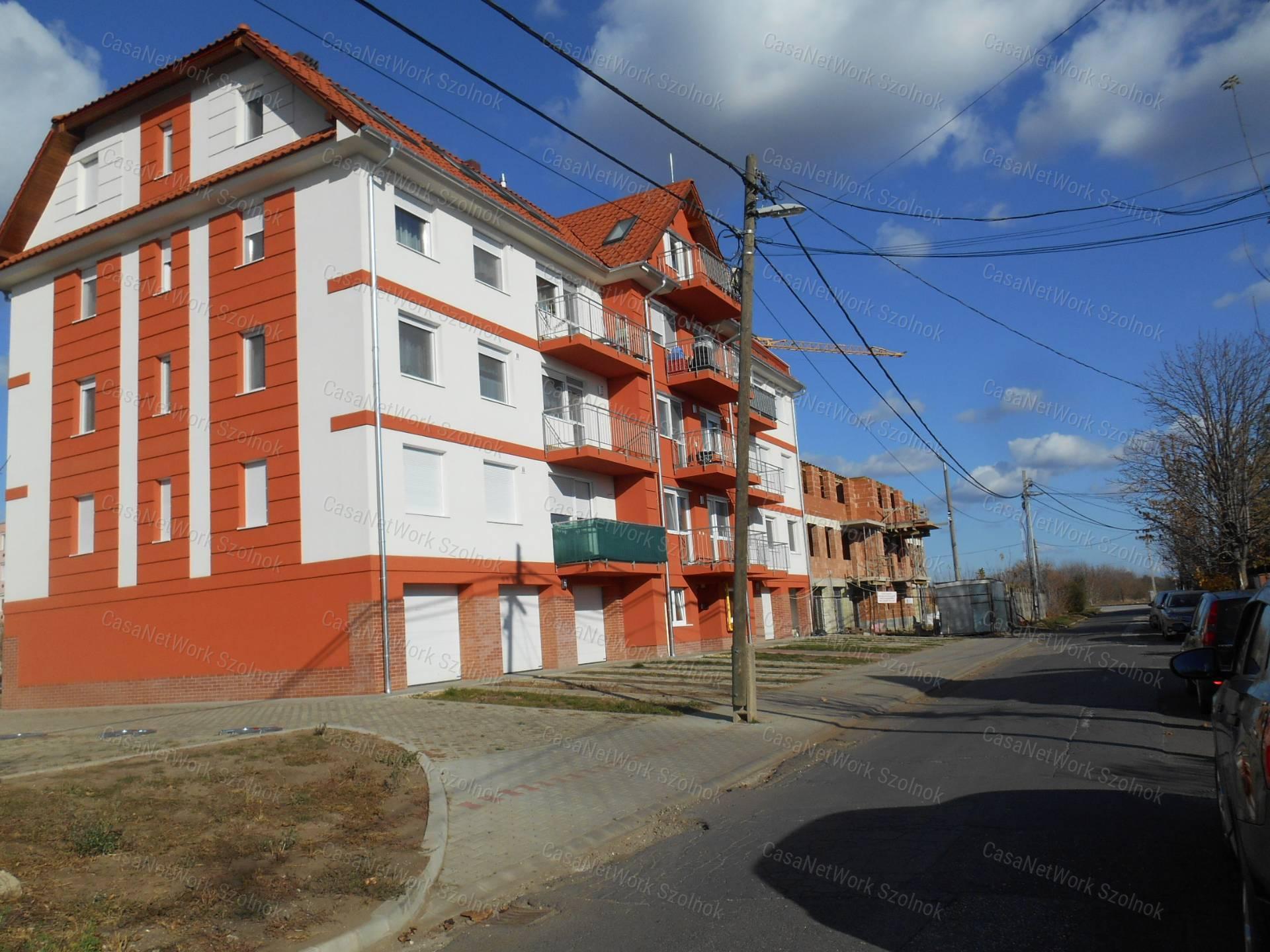 Eladó téglalakás, Jász-Nagykun-Szolnok megye, Szolnok (Tallinn) - sz.: 155802481 - CasaNetWork.hu