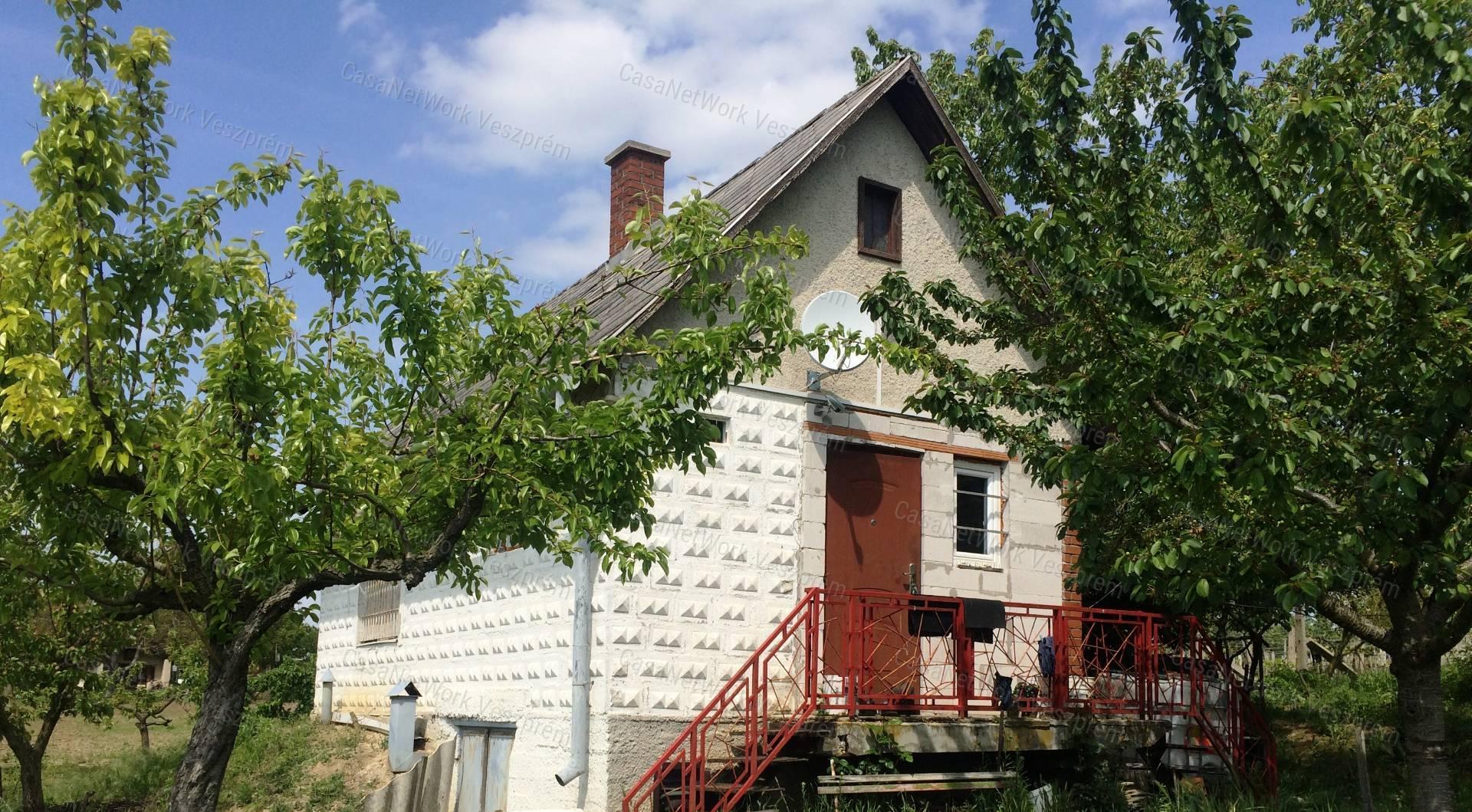 Eladó zártkert, Veszprém megye, Berhida - sz.: 156201134 - CasaNetWork.hu