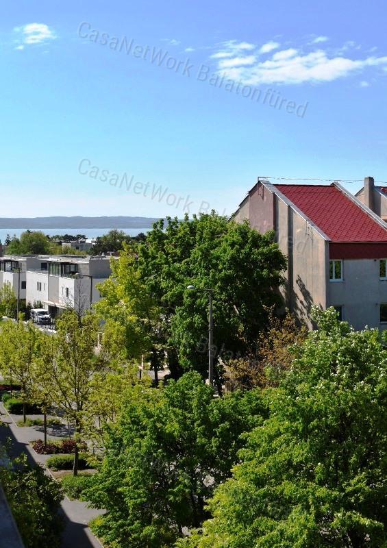 Eladó téglalakás, Veszprém megye, Balatonfüred - sz.: 163801238 - CasaNetWork.hu