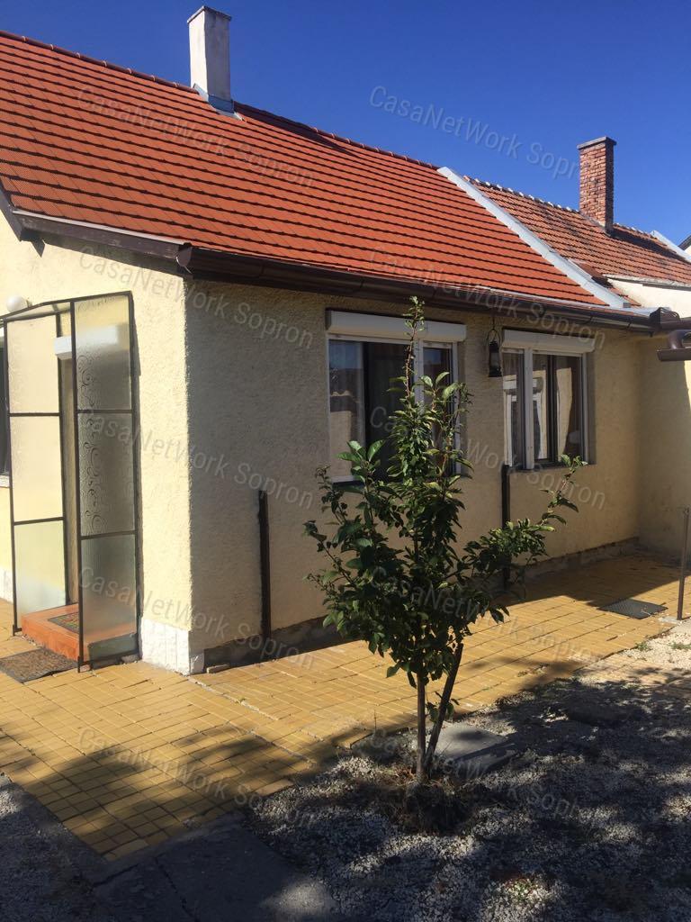 Eladó családi ház, Győr-Moson-Sopron megye, Sopron (Lőverek) - sz.: 164301601 - CasaNetWork.hu