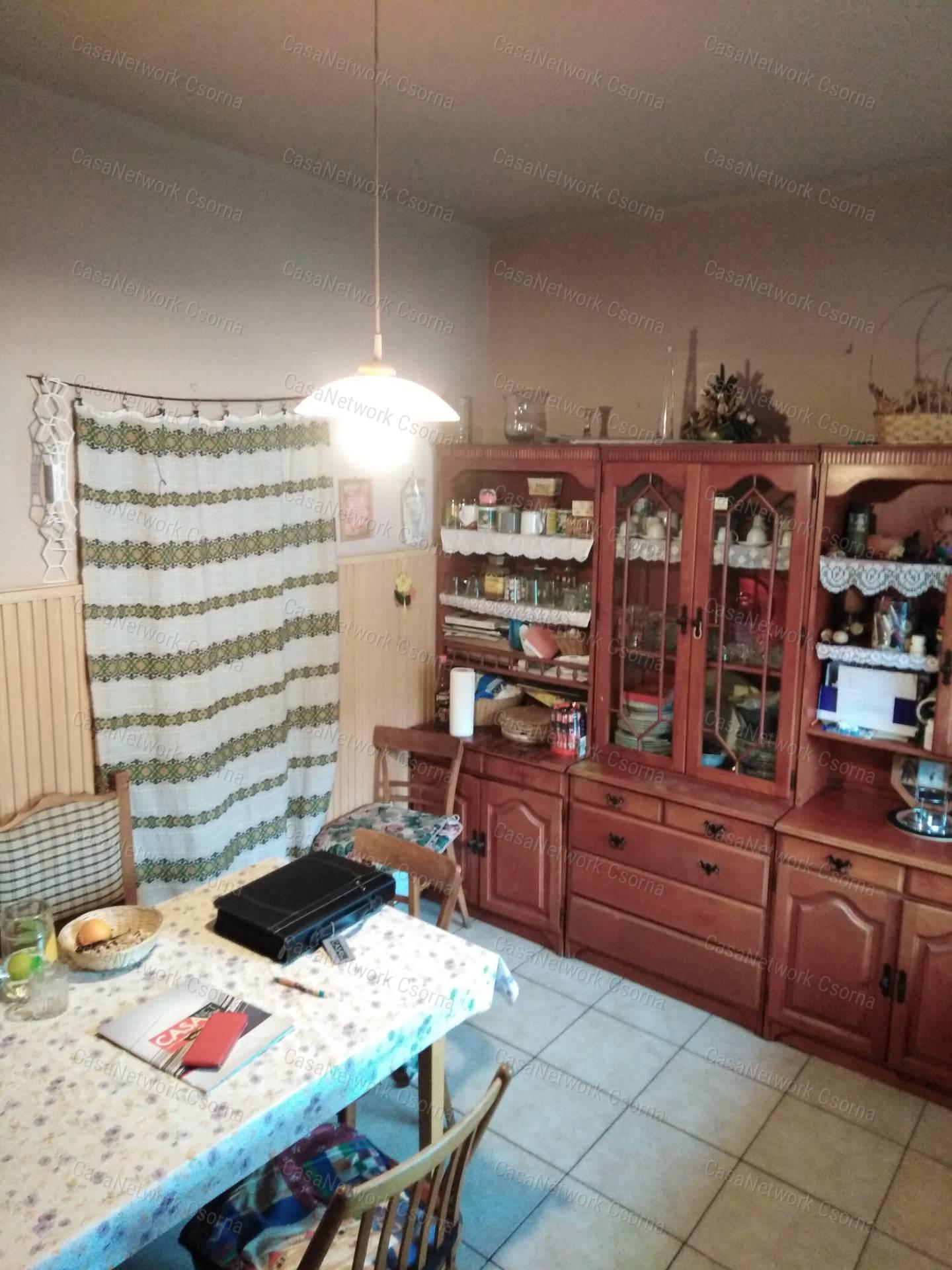 Eladó családi ház, Győr-Moson-Sopron megye, Rábakecöl - sz.: 164600241 - CasaNetWork.hu