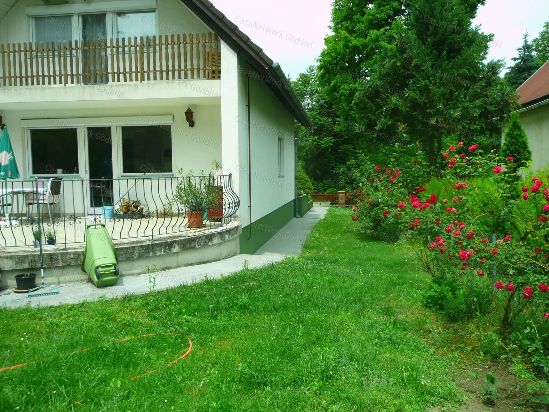 Eladó családi ház, Pest megye, Szigetmonostor - sz.: 166400622 - CasaNetWork.hu
