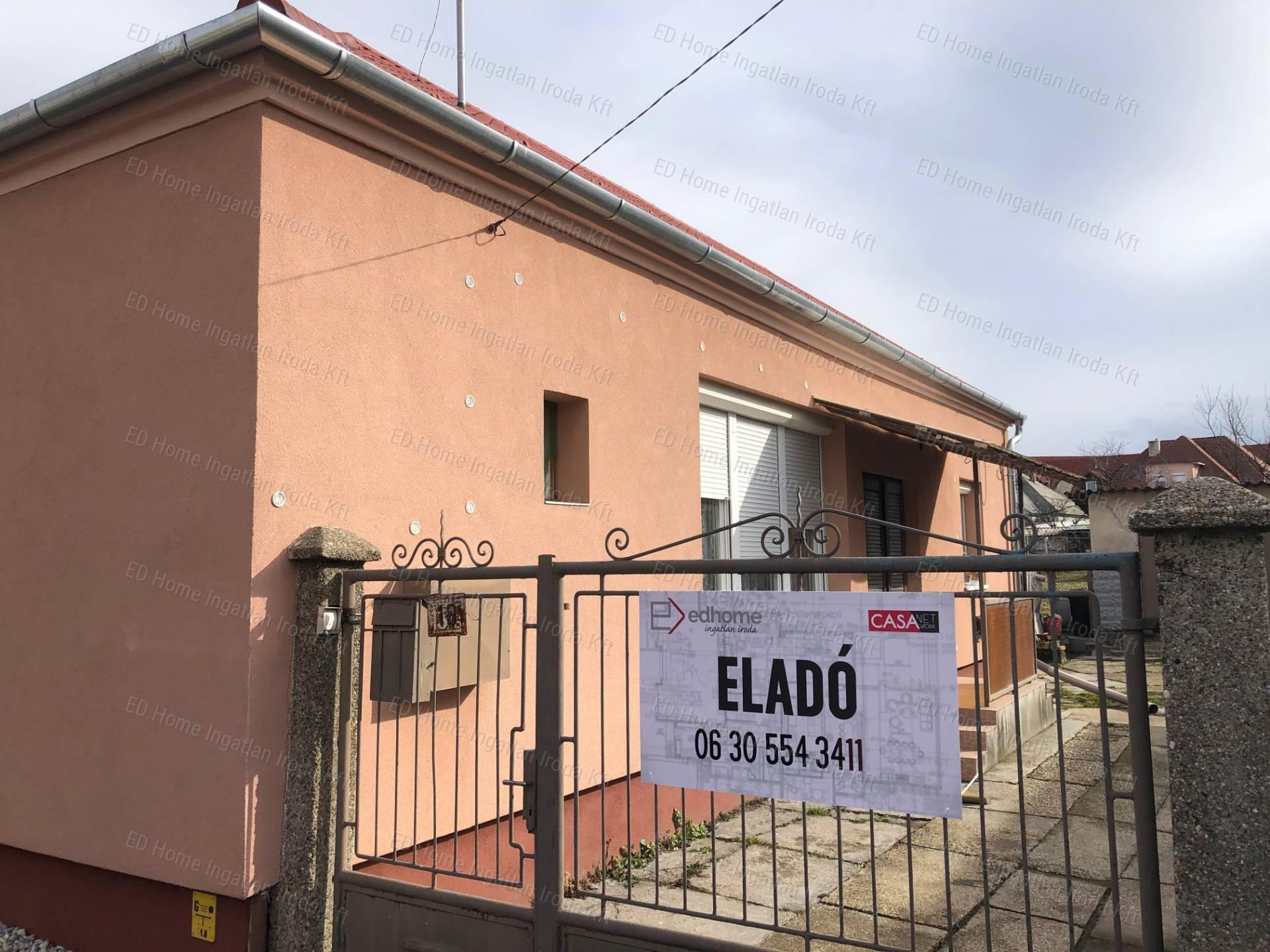 Eladó családi ház, Győr-Moson-Sopron megye, Győr (Szabadhegy) - sz.: 168700805 - CasaNetWork.hu