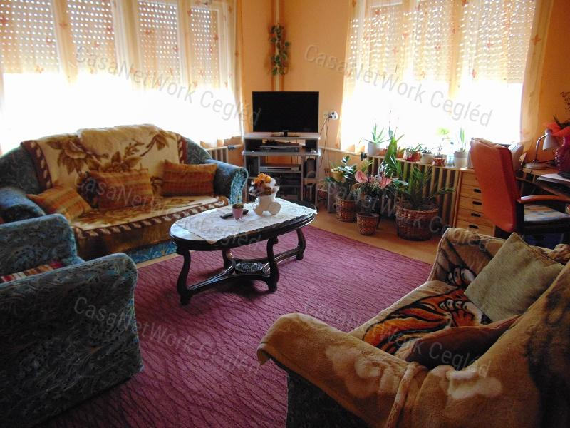 Eladó családi ház, Pest megye, Abony - sz.: 174600333 - CasaNetWork.hu