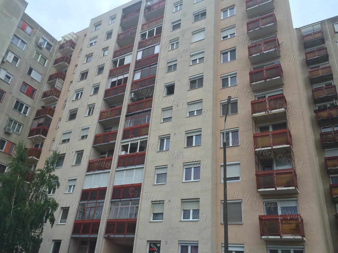 Eladó panellakás, Jász-Nagykun-Szolnok megye, Szolnok (Széchenyi-lakótelep) - sz.: 174600467 - CasaNetWork.hu