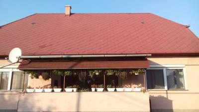 Frissen festett családi ház eladó Tiszaföldváron!