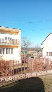 Kertes családi ház eladó Tiszaföldváron Fő út mellett!