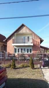 2 szintes családi ház eladó Szandaszőlősön!