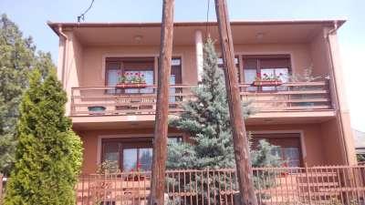 2 szintes kitűnő állapot családi ház eladó Tiszaföldváron!