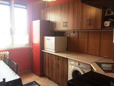 Fiatalos lakás a Széchenyi lakótelepen!