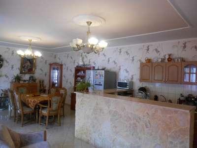 Szolnokon a Lidl Áruház közelében családi ház eladó