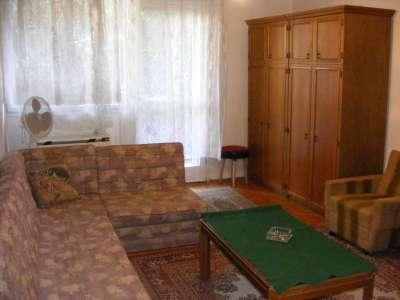 Eladó földszinti tégla lakás a Tallinn városrészben!