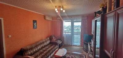 Eladó egy 54 m2-es PANELLAKÁS SZOLNOKON!