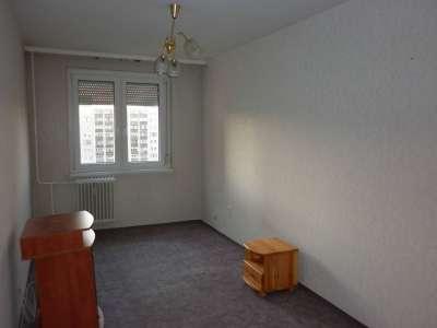 Eladó panellakás - Szolnok (Széchenyi-lakótelep) / 1. kép