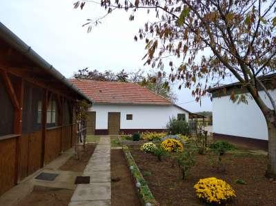 Eladó családi ház - Tiszakürt (Bogaras) / 1. kép