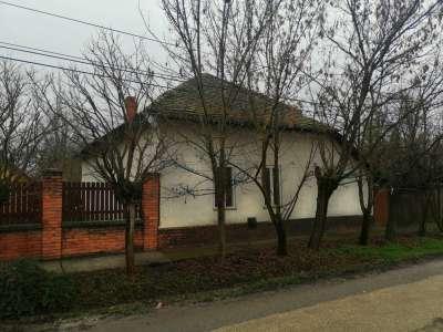 Eladó családi ház - Kunszentmárton / 1. kép