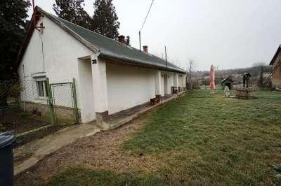 Eladó családi ház - Berhida / 1. kép