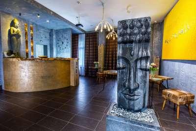Különleges befektetési lehetőség- eladó 5* hotel Siófokon