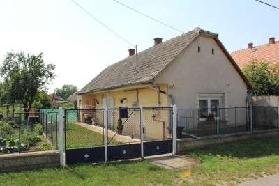 Eladó családi ház - Berhida / 2. kép