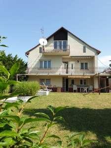 Eladó családi ház - Balatonfűzfő (Fűzfőfürdő) / 1. kép