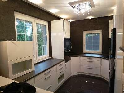 Luxus családi ház elérhető áron Alsóörsön