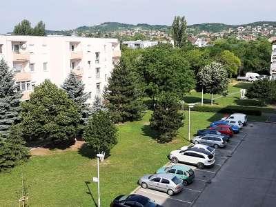 Eladó panellakás - Balatonfüred / 1. kép