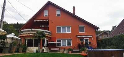 Eladó családi ház - Balatonfüred / 1. kép