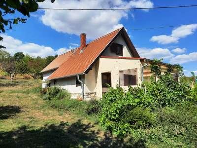 Eladó gazdasági épület - Pécsely / 1. kép