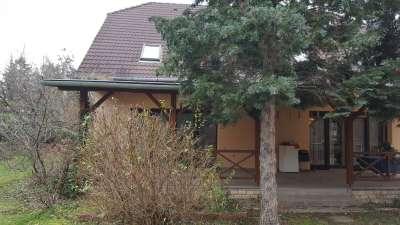Felsőlővereki családi ház