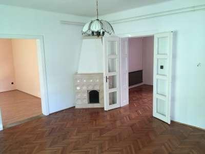 Nagy lakás Sopron legkeresettebb részén reális áron eladó!