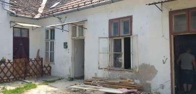 Eladó téglalakás - Sopron / 1. kép