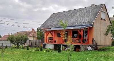 Eladó családi ház - Karmacs / 1. kép
