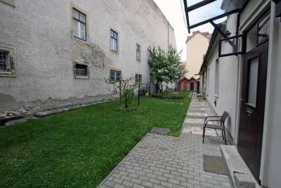 Eladó téglalakás - Sopron (Belváros) / 1. kép