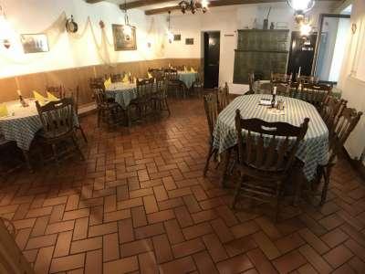 Fertőrákosi étterem lakással együtt eladó