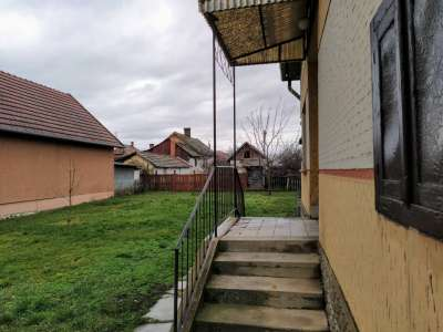 Eladó családi ház - Törökszentmiklós (Felvég) / 2. kép