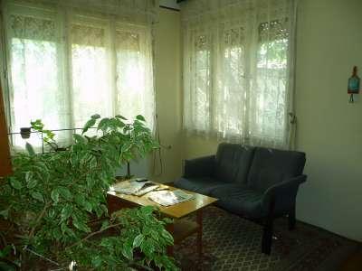 Eladó családi ház - Szada / 1. kép