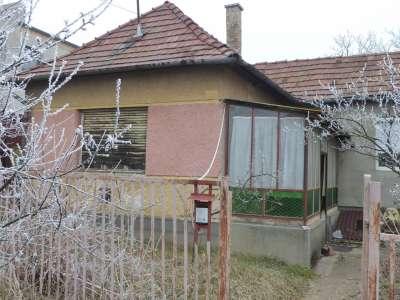 Eladó családi ház - Gödöllő (Királytelep) / 1. kép