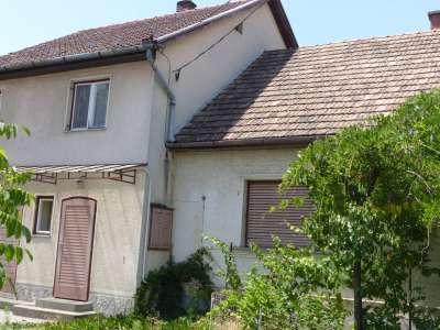 Eladó családi ház - Tura / 1. kép