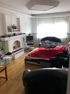 Szabadhegyen két szoba hallos lakás eladó