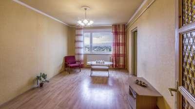 XV. Páskomliget utcában 3 szobás, tágas panorámás lakás eladó!