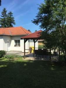 Fonyódon felújított , gondozott kerttel rendelkező családi ház eladó