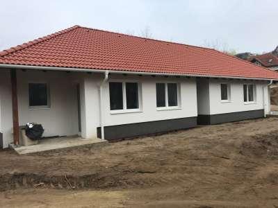Eladó családi ház - Pilisjászfalu (pilisjászfalu) / 1. kép