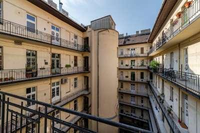 Eladó téglalakás - Budapest II. kerület / 1. kép