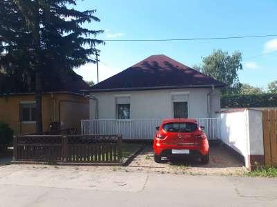 Eladó családi ház - Budapest III. kerület / 1. kép