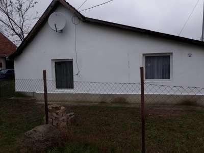 Eladó családi ház - Tápiószele / 1. kép