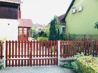 Eladó családi ház - Tata / 2. kép